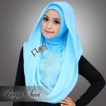 Deeja-Suci-baby-blue